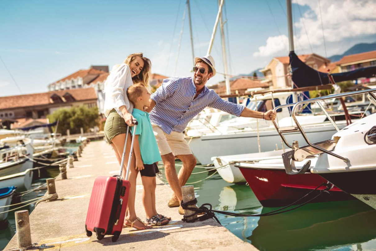 Explore Athens Yachting family
